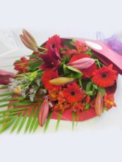 Florists-Choice-Pretty-roll-Wrap-blooms-image1