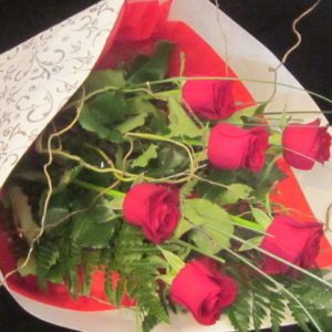One-Half-Dozen-40-cm-Red-Roses
