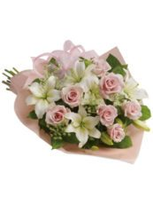 Pink-Dreams-Lily-and-Rose-bouquet