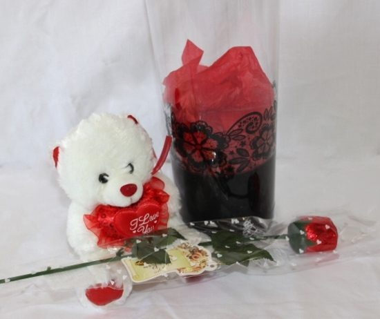 Sweet-Tooth-Bear-with-Chocolate-Rose(s)-image1