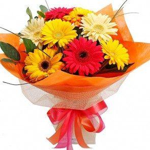 Bright and beautiful gerbera Bouquet