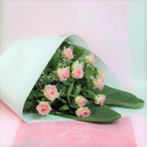 One Dozen Soft Pink Roses (